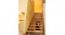 Ecological timber frame staircase