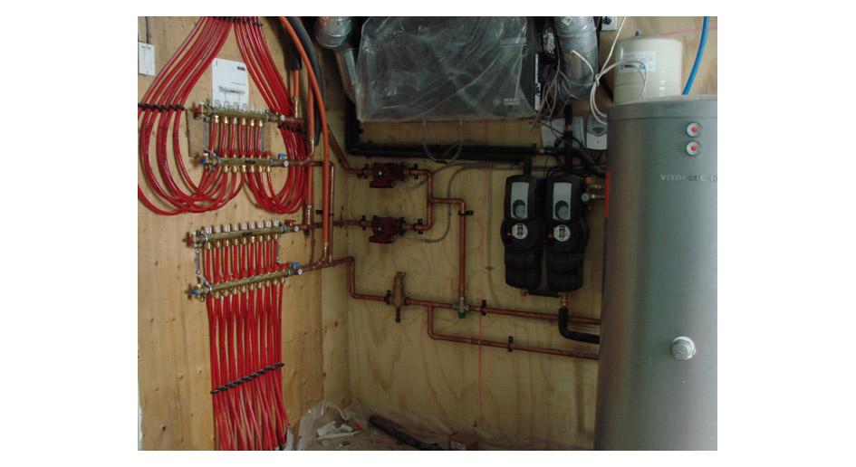 Hydronic Radiant In Floor Heat Evolve Builders